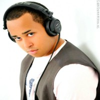 Deep House Selected Mix by DJ Quincy Ortiz